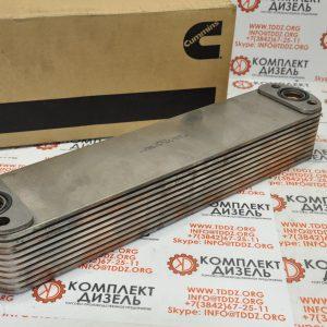 Маслоохладитель Cummins 4965870. Для двигателей Cummins QSX15